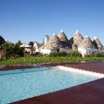 The pool of Trulli Paparale