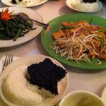 fried long beans, pad Thai noodles, black glutenious rice with white rice