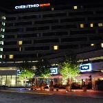 Hotel Courtyard Marriott de noche