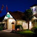 Our Killarney wing at night