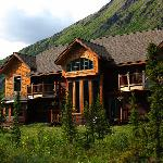 The Inn at Tern Lake, an elegant Alaskan Lodge a short, beautiful drive from Anchorage in the ce