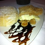 wow what a bread plate presentation!