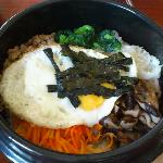 Bibimbap (rice in hot bowl)