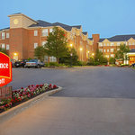 Beautiful Entrance to Residence Inn Beachwood