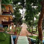 Aruvi Resorts Pathway