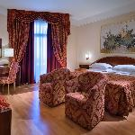 Photo de Hotel Augustus Terme