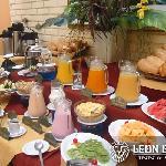 Cafeteria Sierra Leon - Desayuno Buffet