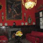 Salon rojo de la planta alta