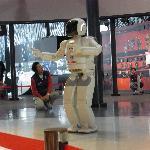 ASIMO dancing show