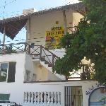 Hotel Tres Palmas