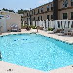 Swimming Pool with Sun Deck
