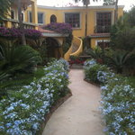 The garden courtyard at El Encanto