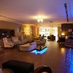 hotel troya lobby