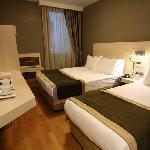 hotel troya economy room