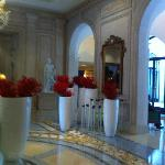 The beginning of the Christmas decorations in the Lobby of the Four Seasons George V, late Octob