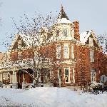 Historic Secret Garden Inn