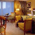 The Ritz-Carlton, Berlin Club Room