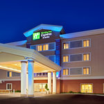 Evening at Holiday Inn Express & Suites Chehalis