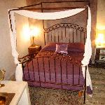 Antique style bedroom called Chambre Cumin, very glam