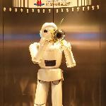 トランペットが吹けるロボット
