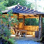 Guest BBQ shelter