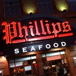 Phillips Seafood entrance