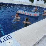 penosa piscina veis el pequeño espacio y de golpe 3metros UN PELIGRO
