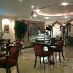 Bristol Hotel resmi