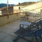 terrasse sur les toits de la suite N°12