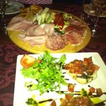 That huge antipasto misto for 2, with bruschetta for 1 in front!