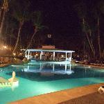 bar flotante - de noche