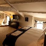 Room - Mallyshag