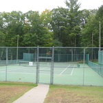 Chanticleer Inn tennis courts