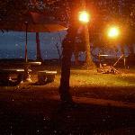 Abends vor dem Zelt