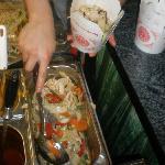 Condimento dei noodles: in questo caso pollo e verdure