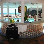 Bar près de la piscine