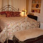 Yellow Gables Bed and Breakfast