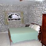 Bed, suite