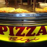 Photo of pizza bizi