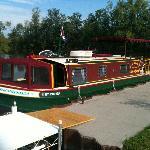 Onondaga houseboat rental