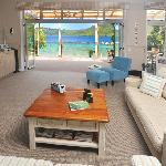Lounge and dining decks