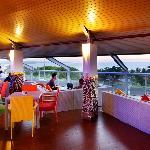 Triple S Bar&Lounge
