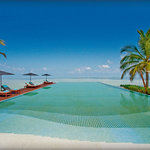LUX* Maldives Pool
