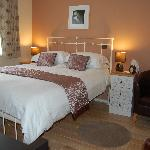 Double ensuite room with King-size bed