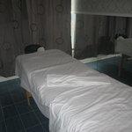 Table de massage ''prêt'' a vous acceuillir...Brrrrrrr