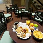Best Western McCarran - Free Daily Breakfast