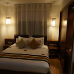 Deluxe double room - king size bed