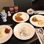 Very basic breakfast spread