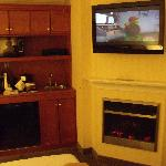 Fireplace. TV, and Kitchenette