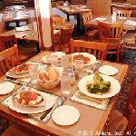 Squan Tavern - Table Setting